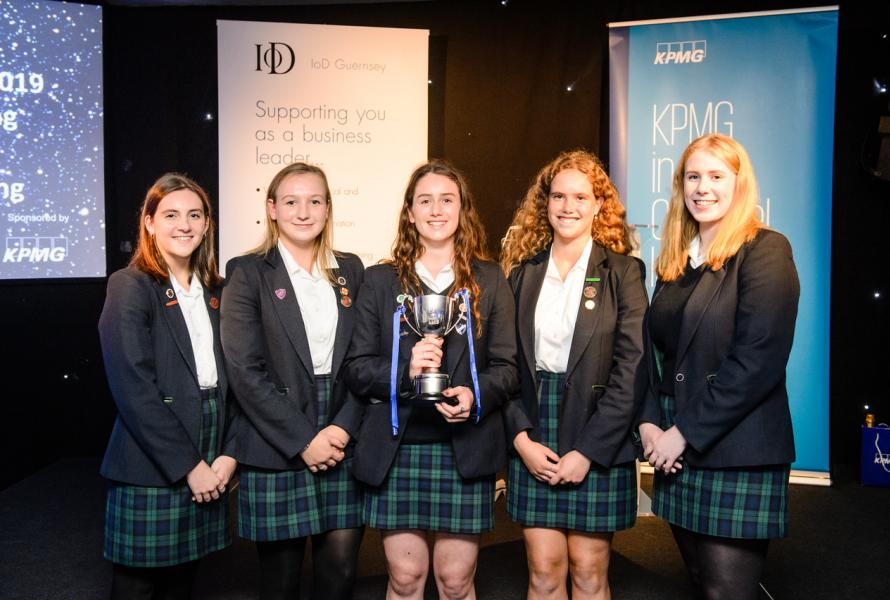 Students Encouraged to Take Part in IoD Leadership Shadowing Scheme Next Easter